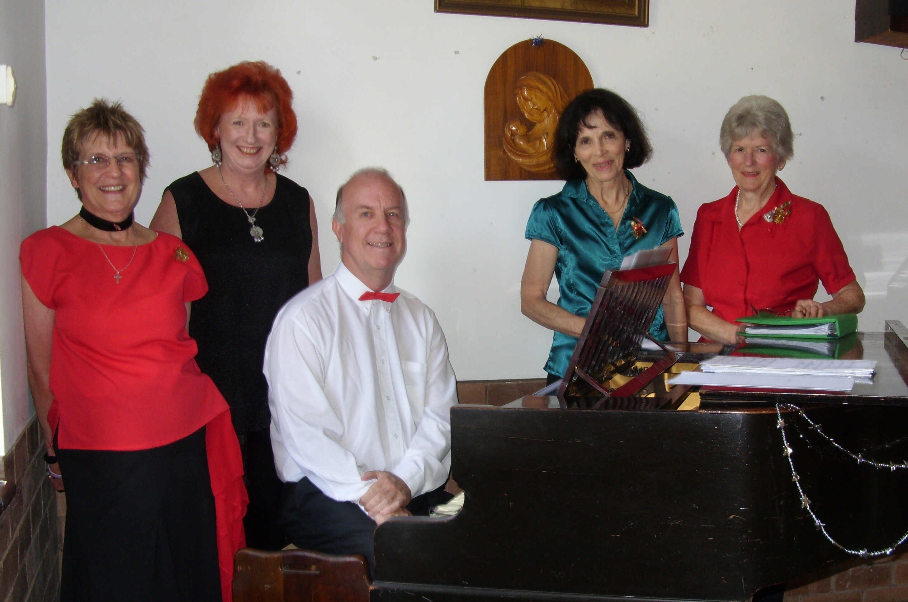 Some of the Maritzburg Singers in rehearsal. From the left:Julie Young, Helen Vermaak, Nigel Fish, Joan Quayle and Sarie Hasell